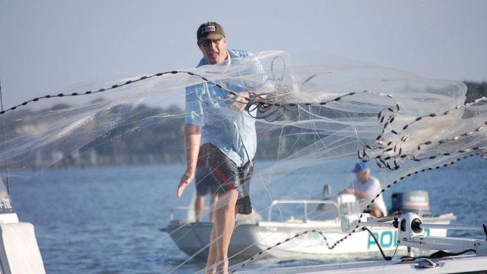 تور ماهیگیری آبشاری یا پرتابی