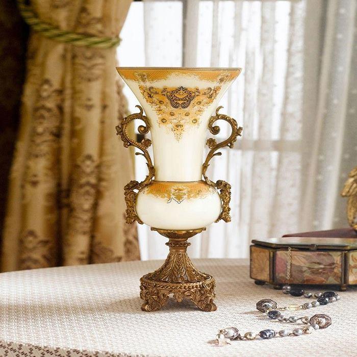 گلدان دکوری سلطنتی