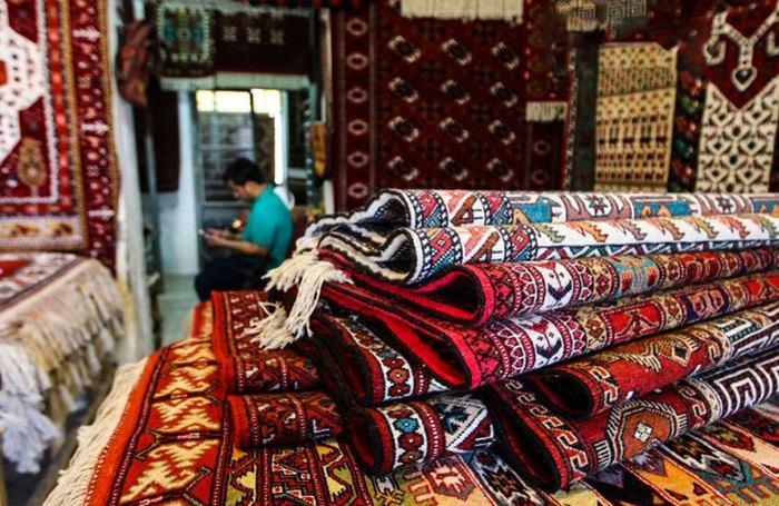 انواع مختلف فرش دستبافت و فرش ماشینی