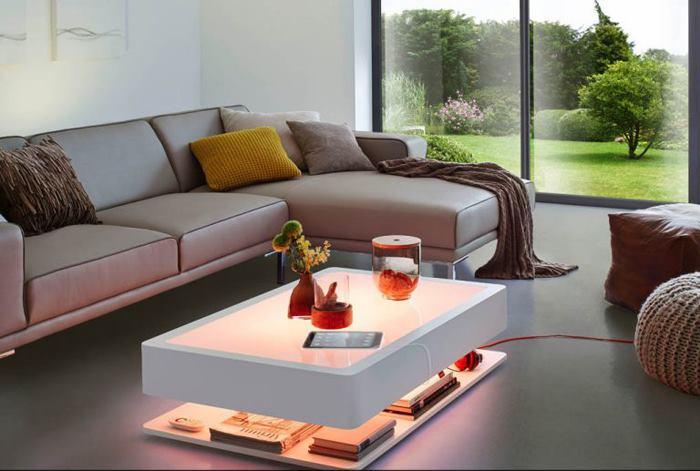 میز جلو مبلی مدرن و شیک با نورپردازی