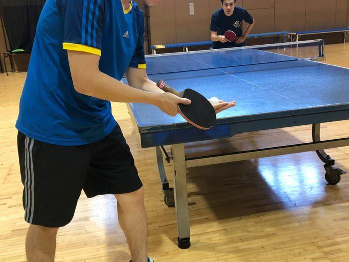 بازی پینک پونک یا تنیس روی میز