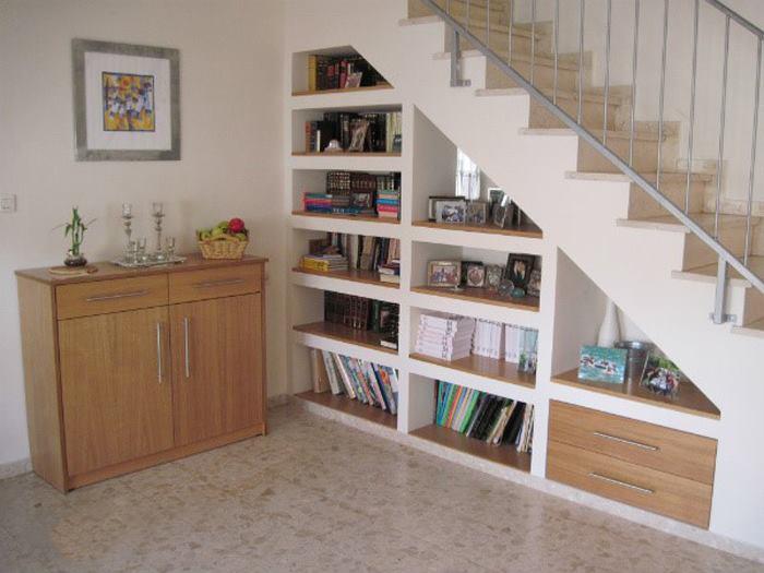 شلف زیر پله ای